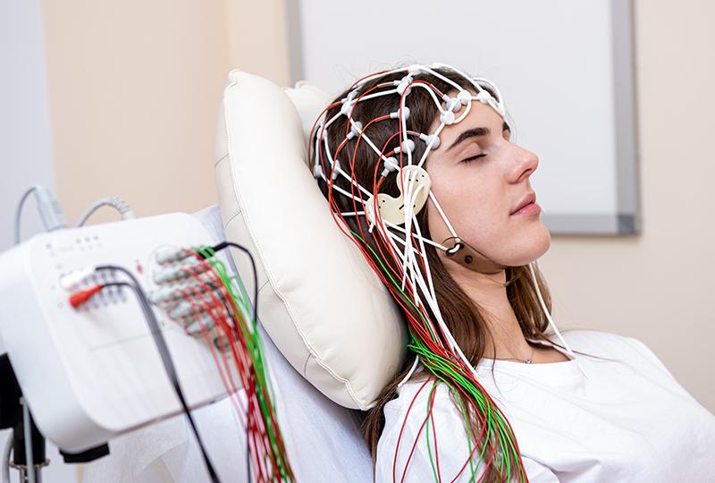 EEG 腦電圖